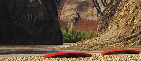 Kanufahren auf Yukon's Wind River