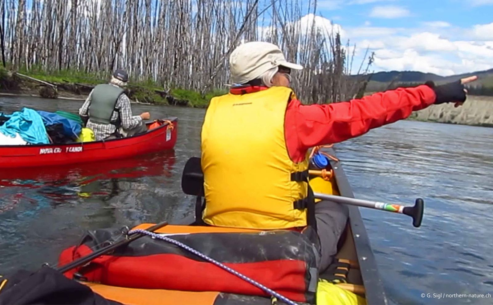 Private canoe tour on the Teslin / Yukon River